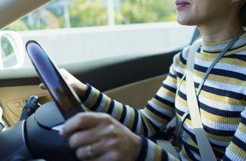 車は、乗るだけで大きな力を手にできてしまうもの。だから慎重に運転することが必要になる