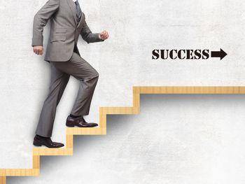 ネット副業で成功する人は、日々を積み重ねて、大きな媒体を作っている!