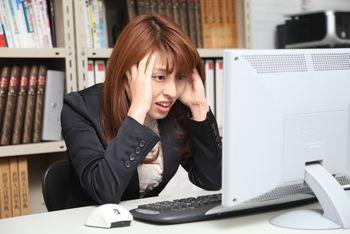 ホームページを作れない初心者が、ネット副業で収入を得ることは、極めて難しい。