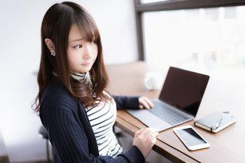 インターネットビジネスは、誰でも簡単に、手軽に行うことができる!ネット副業には最適。