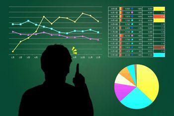 前払いでお金を払うなら、そのお金を払う会社の状況は、しっかりと事前に確認しておくことが必要。