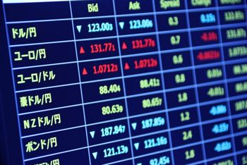 FXなどの投資も、自動で収入を得られる仕組みになる