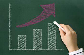 考えながら量をこなすことで、人よりも速いスピードで成長することができる!