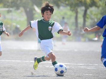 考えながら量をこなすことで、サッカーも上手にできるようになる!